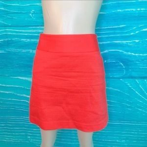 Loft Fact. Trendy Coral textured skirt size 4